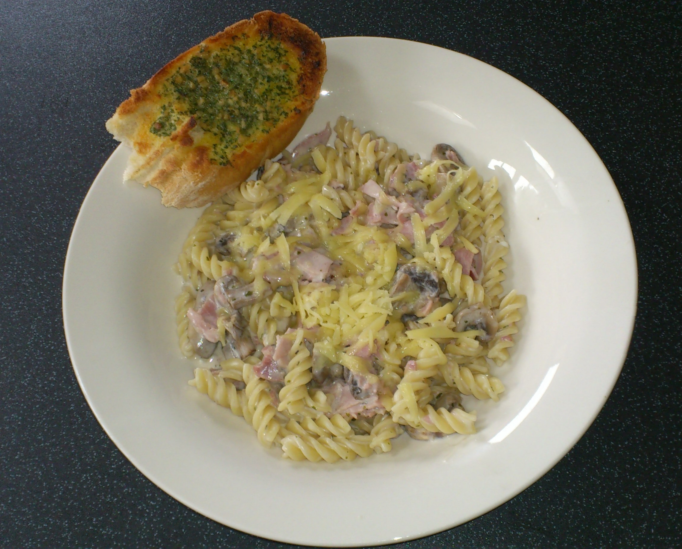 ham leek mushroom cheesy ham and mushroom pasta turkey and ham pasta ...